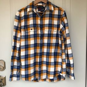 Old navy vintage flannel button up shirt